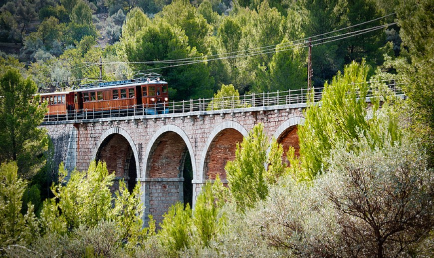 Five bridges to Sóller by train